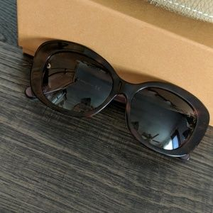 Brand New Tod's Bordeaux Tortoise Sunglasses